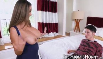 Sexy courtesan on a large weenie
